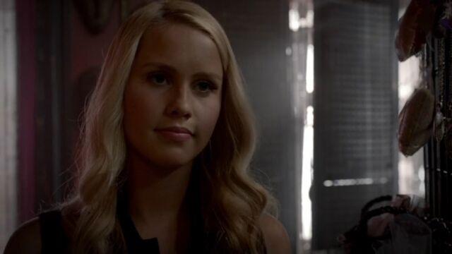File:Rebekah 11 TO 1x03.jpg