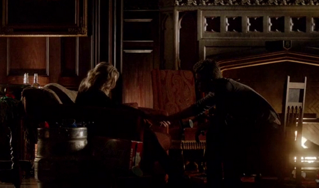 File:Steroline in 4x16.....png