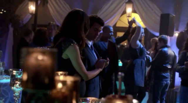 File:Hayley and Elijah in 1.17...png