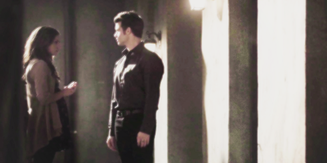 File:Hayley-Elijah 1x11..png