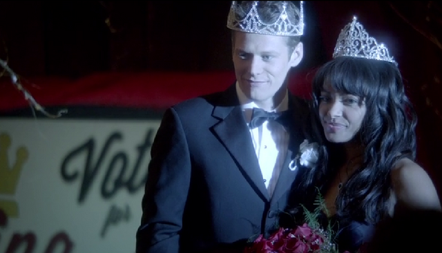 File:King-and-queen-prom.png