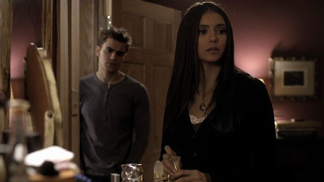 File:214VampireDiaries0692.jpg
