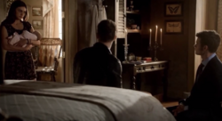 Hayley-Hope-Klaus-Elijah 1x22.