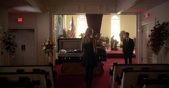 File:Caroline-Stefan in the funeral 6x15.png