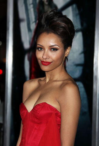 File:Kat+Graham+Red+Riding+Hood+Los+Angeles+Premiere+l6ue3jJrFxWl.jpg
