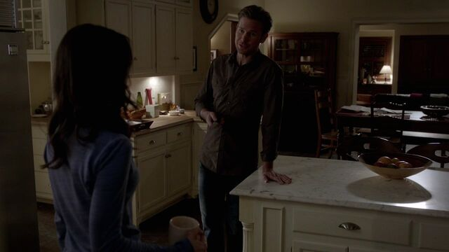 File:Alaric and Meredith.jpg