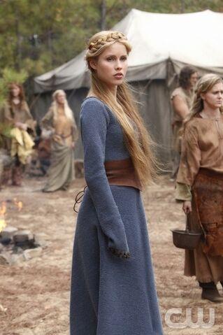 File:Ordinary-People-Rebekah-The-Vampire-Diaries.jpg
