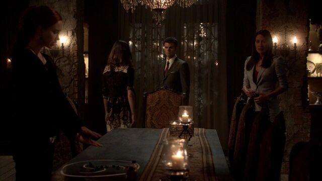 File:The Originals S01E21 mkv1431.jpg