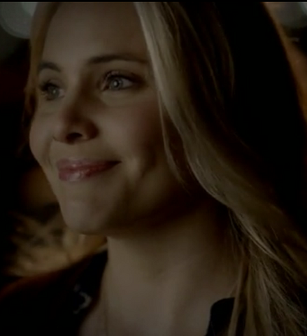 File:Camille-TVD420-TO.PNG