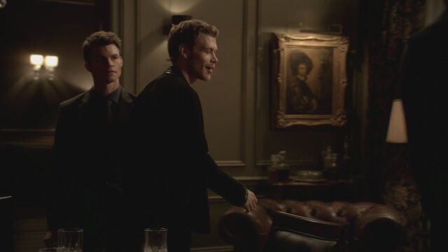 File:The-Vampire-Diaries-3x13-Bringing-Out-the-Dead-HD-Screencaps-elijah-28812000-1280-720.jpg