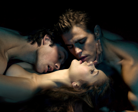 File:The-vampire-diaries-saison-1-serie-creee-par-kevin-williamson-4472867ihrzc.jpeg