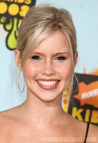 File:Claire-holt-247423.jpg