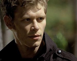 File:Niklaus Mikaelson season 2 trench.jpg