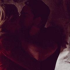 Klaus kissing Caroline in Tyler's body.