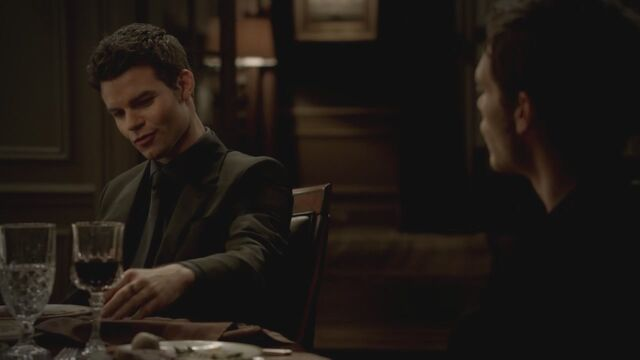 File:The-Vampire-Diaries-3x13-Bringing-Out-the-Dead-HD-Screencaps-elijah-28811893-1280-720.jpg