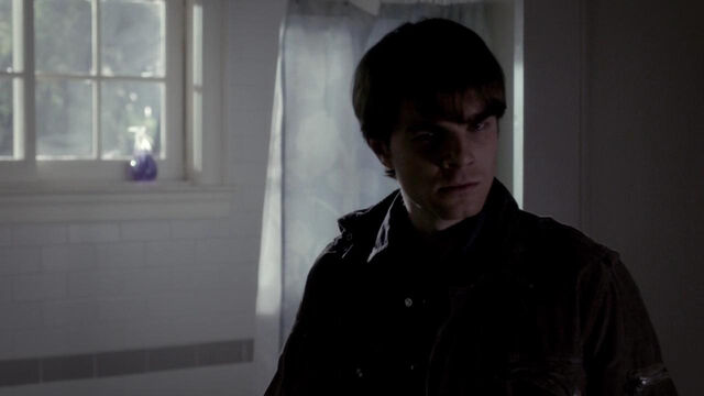File:098-tvd-4x12-a-view-to-a-kill-theoriginalfamilycom.jpg