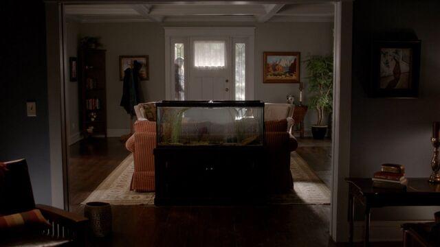 File:Katherine's Apartment1.jpg