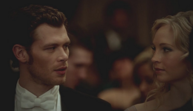 File:Klaus and Caroline in 3x14.png