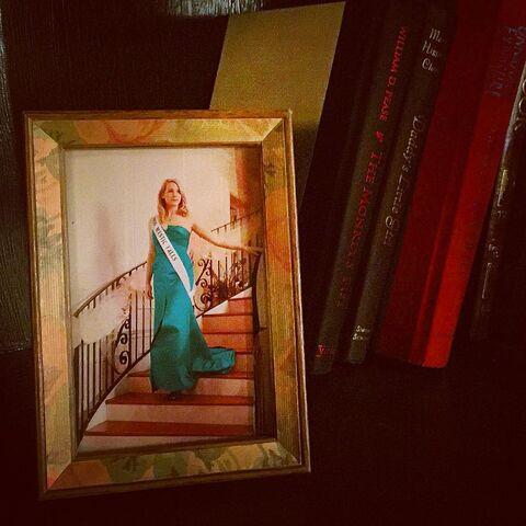 File:2016-09-28 Miss Mystic Falls-2010 TV Line Instagram.jpg