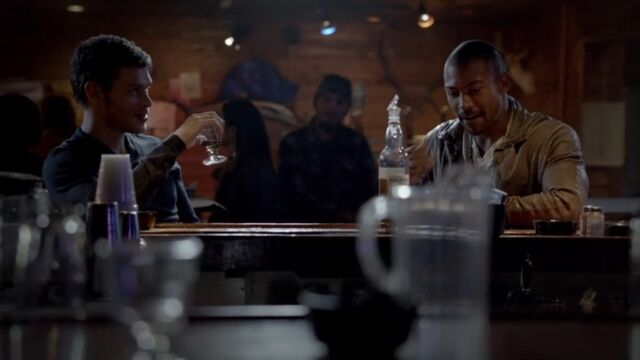 File:Klaus and Marcel TO 1x05.jpg
