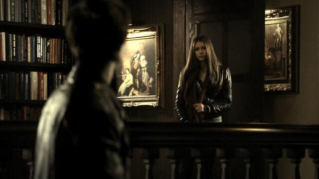 File:Vampire-Diaries-1x14-HD-damon-and-elena-14859379-1280-720.jpg