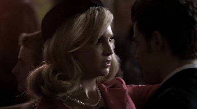 File:Caroline and Stefan in 2x18.png