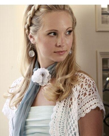 File:Caroline-Forbes-The-Vampire-Diaries-tv-female-characters-14506366-400-500.jpg