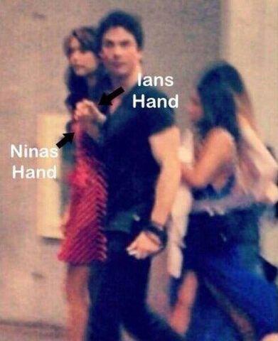 File:Nian-Holding-Hands-ian-somerhalder-and-nina-dobrev-35117699-489-600.jpg