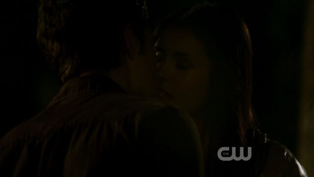 File:Stelena's First Kiss 1.jpg