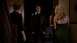 103-061~Elena~Stefan-Damon~Caroline