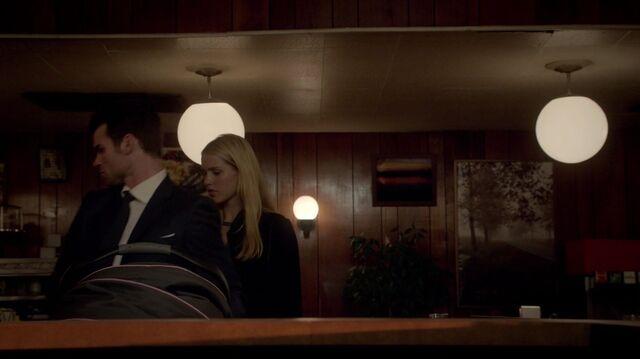 File:Rebekah Snaps Elijah 208.jpeg