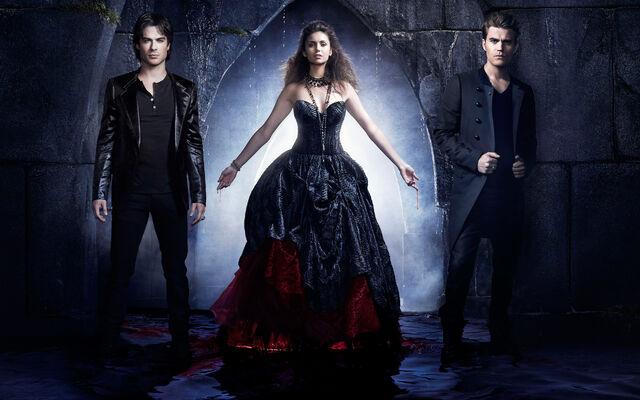 File:Vampire diaries season 4-Elena, Dmon and Stefan.jpg