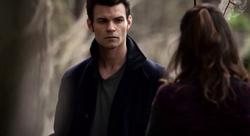 Elijah and Hayley in 1x18..
