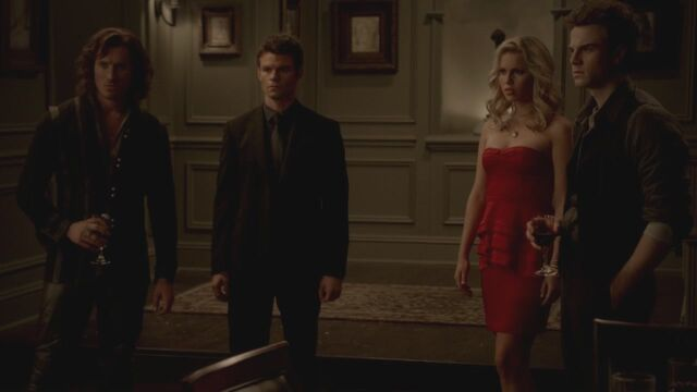 File:The-Vampire-Diaries-3x13-Bringing-Out-the-Dead-HD-Screencaps-elijah-28812120-1280-720.jpg