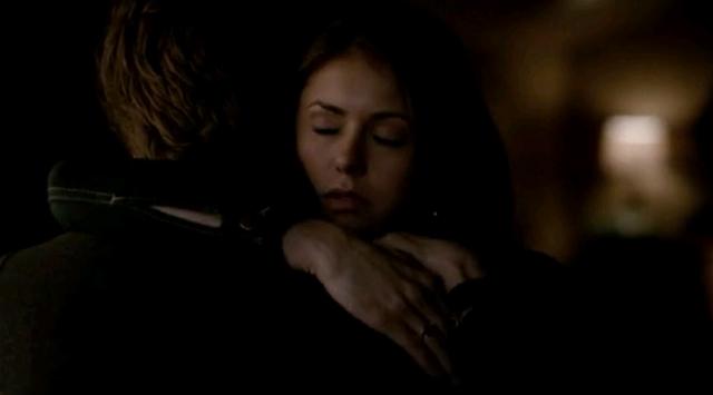 File:Stefan and Elena hug 5x19.png