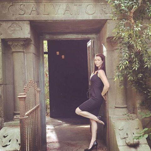 File:2015-10-08 Annie Wersching Instagram.jpg