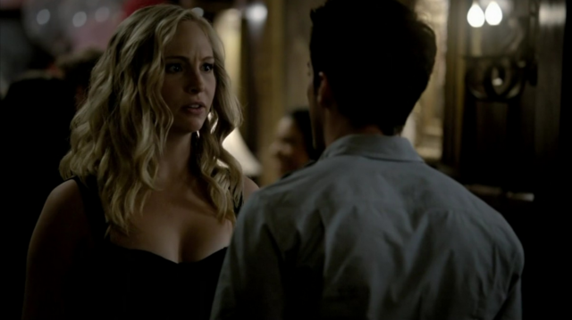 File:Caroline and Tyler in 3x1.png