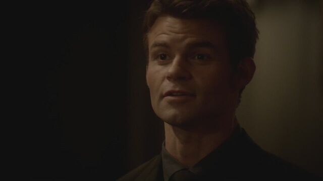 File:The-Vampire-Diaries-3x13-Bringing-Out-the-Dead-HD-Screencaps-elijah-28812086-1280-720.jpg
