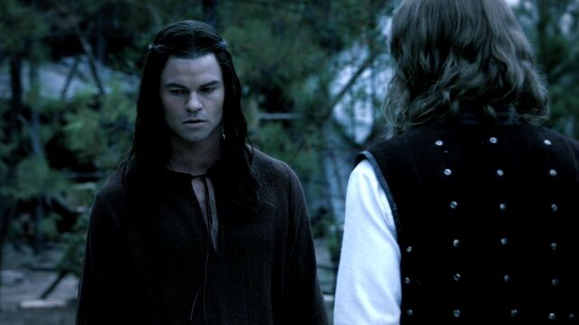 File:3x08-Ordinary-People-klaus-and-elijah-26645584-1280-720.jpg
