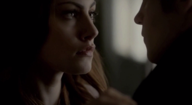 File:Hayley-Elijah 1x9.png