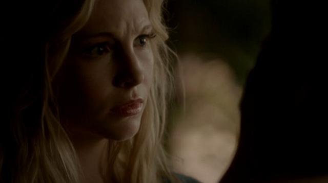 File:Silas as Caroline touching Klaus 4x18.png