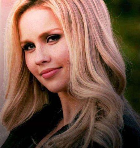 File:Rebekah Mikaelson (1).jpg