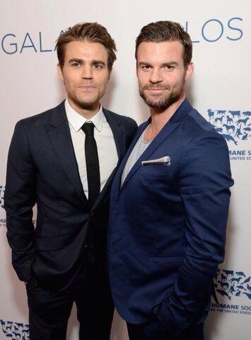 File:The Originals - Daniel and Paul(a).jpg
