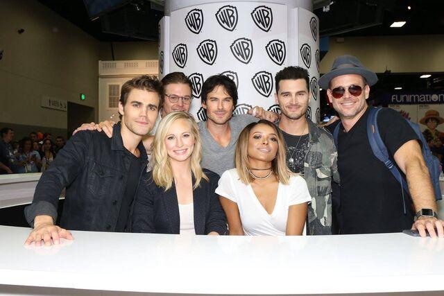 File:07-23-2016 WBSDCC Signing TVD Cast.jpg