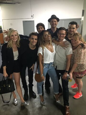 File:2016-07-23 Candice King Paul Wesley Ian Somerhalder Kat Graham Matt Davis Zach Roerig Michael Malarkey Julie Plec Kevin Williamson Twitter.jpg