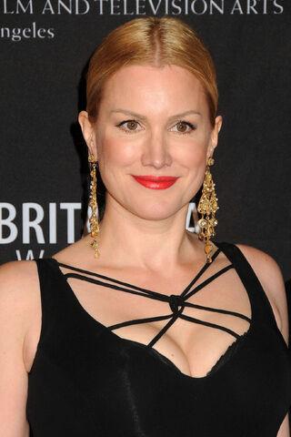 File:Alice Evans - 2011 BAFTA -09.jpg