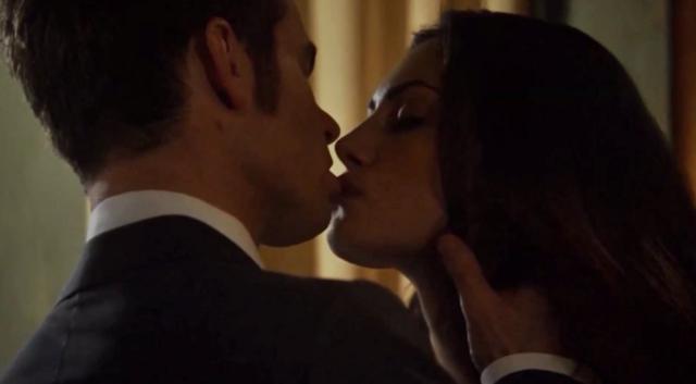 File:Haylijah kiss 1x21.....png