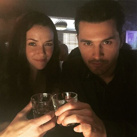 File:2015-07-10 Annie Wersching Michael Malarkey Instagram.jpg