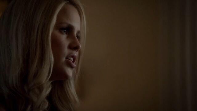 File:Rebekah 5 TO 1x02.jpg