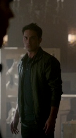 File:3x21 Tyler Lockwood Before Sunset.png